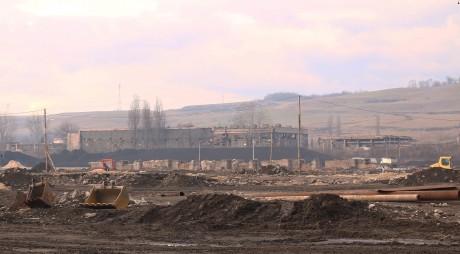 Incendiu pe fosta platformă siderurgică de la Călan