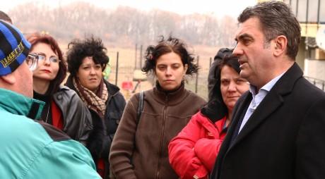 Dilemă pentru Mărginean: cum vor ajunge elevii la școală?