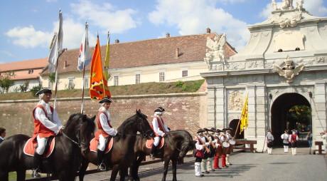 Hunedorenii se înghesuie să viziteze Cetatea de la Alba Iulia