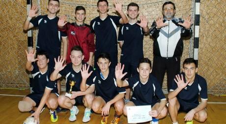 """Echipa de minifotbal a Liceului """"Sabin Drăgoi"""" din Deva va participa la faza zonală a Olimpiadei Naționale a Sportului Școlar"""