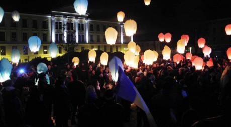 Lampioane în cinstea unirii Basarabiei cu România