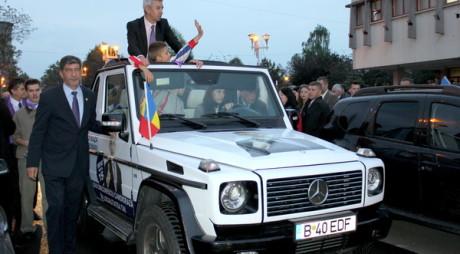 FOTO. Cum arată DDmobilul, vehiculul cu care Dan Diaconescu speră să ajungă europarlamentar.