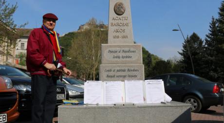 Protest la Monumentul lui Acațiu Barcsay din centrul Devei