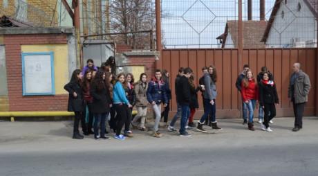 25 de elevi hunedoreni se vor întâlni cu deţinuţii de la Penitenciarul Bârcea Mare