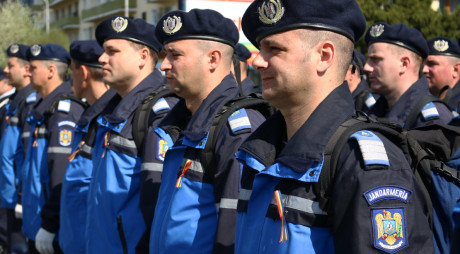 Jandarmii hunedoreni vor menține ordinea publică de Ziua Muncii