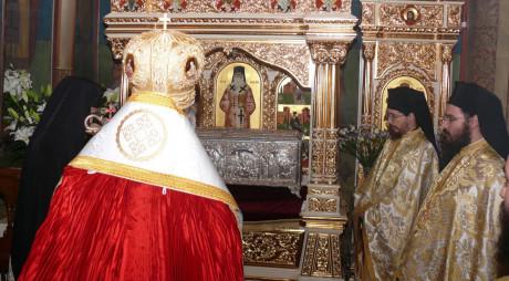 În Săptămâna Luminată, moaștele Sf. Nectarie vor fi aduse în județ