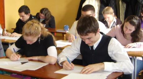 Elevi din şapte ţări se vor întrece la Olimpiada de Limba Maghiară, organizată la Deva
