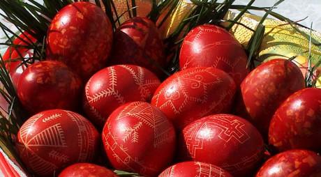 Ouăle vopsite, vedetele mesei de Paşte