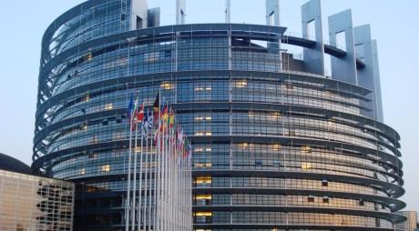 ALEGERI EUROPARLAMENTARE 2014. Cum ne-au reprezentat eurodeputaţii în ultimii cinci ani. România – şi pe primul, şi pe ultimul loc în PE