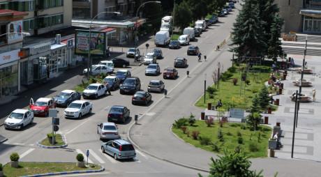 Absolvenții de liceu au făcut SHOW pe străzile Devei