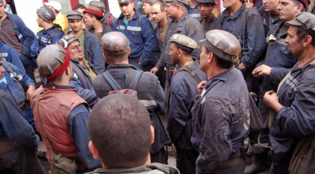 Valea Jiului. Concurenţă de şapte pe un loc pentru un post de miner la Exploatările Lonea şi Vulcan