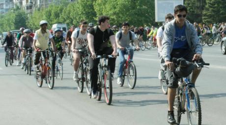 Clubul Făerag vă invită la pedalat și…la alergat!
