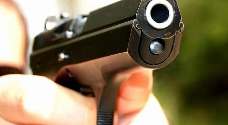 Deţinătorii de arme pot fi examinaţi psihologic oricând, la cererea autorităţilor