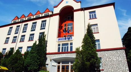Universitatea din Petroşani, educaţie de clasă mondială