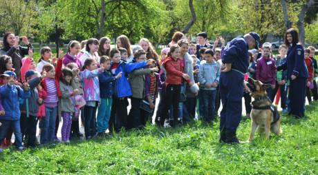 Ziua internațională a copilului, sărbătorită în comunitățile hunedorene