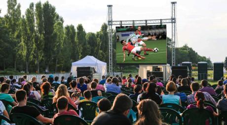 Devenii vor putea urmări în direct, în aer liber, Campionatul Mondial de Fotbal