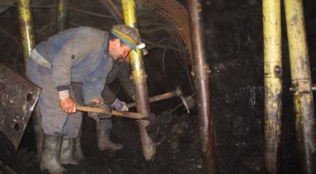 Candidaţii cu medii de peste 9,40 au fost admişi pentru un post de miner necalificat la exploatările VULCAN ŞI LONEA!