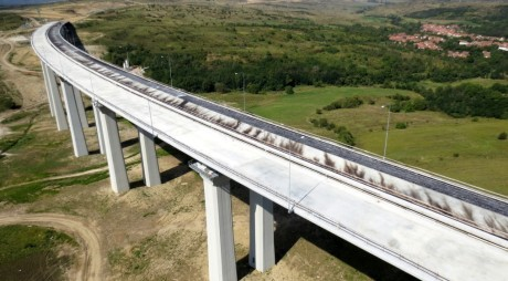 VIDEO SPECTACULOS | Lotul 3 din autostrada ORĂȘTIE – SIBIU, filmat din avion
