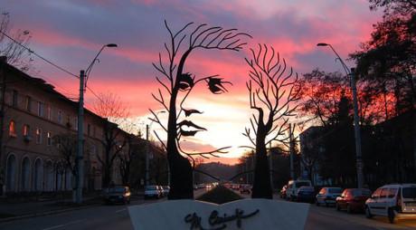 Un monument dedicat lui Mihai Eminescu, în topul celor mai frumoase sculpturi din lume. FOTO