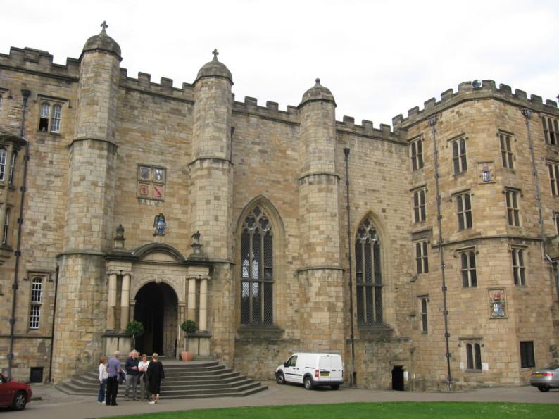 Durham_Castle_Entrance