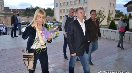"""Se mărită Elena Udrea pe Muntele Găina? """"Greii"""" din PMP și-au anunțat prezența la manifestările din weekend"""
