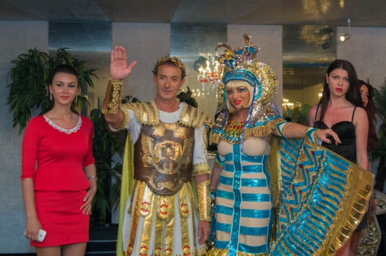 Radu-Mazare-Cezar-si-Delia-Cleopatra-filmari-Fashiontv