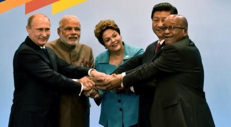O nouă Bancă Mondială pentru marile economii emergente, transpunerea la scară mai largă a visului lui Ceauşescu