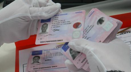 Hunedoara: Jumătate dintre candidați trec proba teoretică pentru permisul de conducere