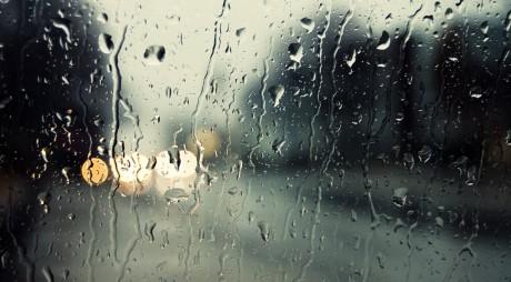 VREME ploioasă | Prognoza meteo pentru joi şi vineri