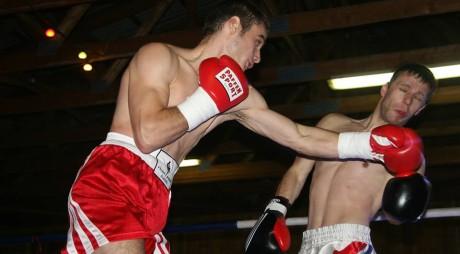 """Un hunedorean luptă pentru titlul """"WBC Mediteranean"""""""