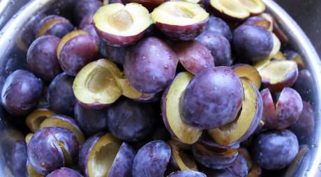 Prunele, fructele miraculoase