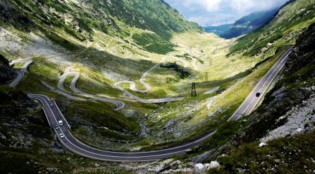 TRANSMARATON pe TRANSFĂGĂRĂŞAN | Aleargă pe cea mai frumoasă şosea din lume!