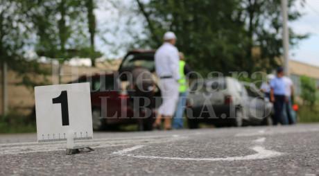 ACCIDENT ÎN ORĂȘTIE. Șoferul BEAT și FĂRĂ PERMIS