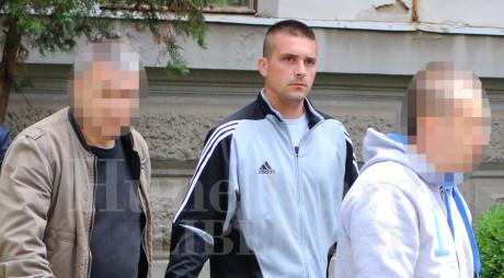 CRIMINALUL DIN VULCAN rămâne în arest