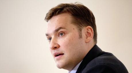 Dan Şova, URMĂRIT PENAL pentru abuz în serviciu