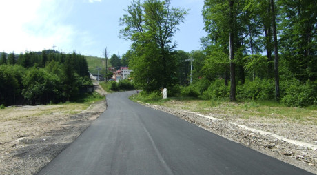 Primăria Lupeni refuză să preia în administrare drumul către Straja