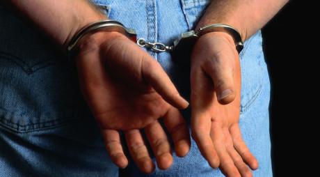 PETROȘANI | Urmărit național și internațional, prins de polițiști