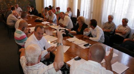 HUNEDOARA | Aleșii locali au spus NU construcției Bisericii greco-catolice