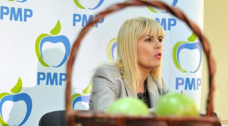 """ELENA UDREA, """"detestată și toxică, îl va ajuta pe Ponta la prezidențiale"""""""