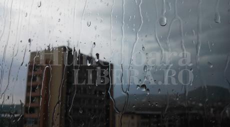 ANM : Avertizare de ploi și vânt