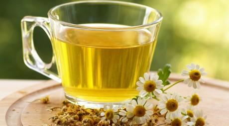 Ce ştim de fapt despre ceaiul de muşeţel? Iată proprietăţile sale ULUITOARE