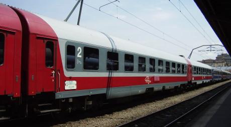 Cum vor circula trenurile în noaptea de sâmbătă spre duminică. Atenţie, unele trenuri vor fi oprite!