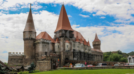 A venit și ultimul aviz – Proiectul pentru Castelul Corvinilor poate fi redepus la ADR Vest!