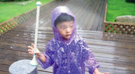 Designul tradiţional al umbrelei s-ar putea schimba după 3.000 de ani. Cum arată modelul cu jet cu aer