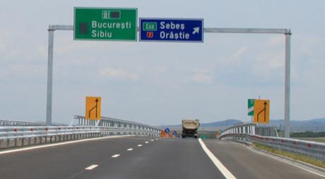 Autostrada Sibiu-Orăştie va fi redeschisă în septembrie