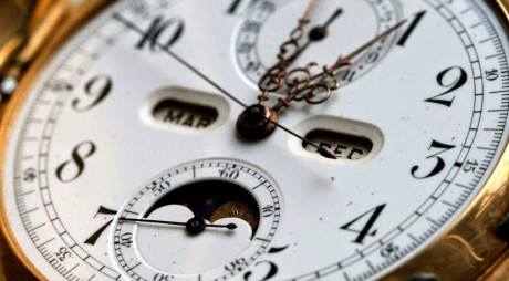 În weekend, dăm ceasurile înapoi