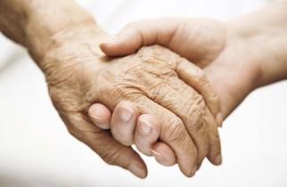 Hunedorenii cu afecțiuni grave pot beneficia de îngrijire la domiciliu