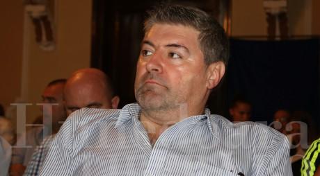 """""""Faultat"""" a doua oară, Marian Muntean îi face plângere penală prefectului de Hunedoara"""