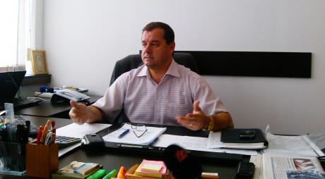 PETROȘANI| Consilier local declarat INCOMPATIBIL