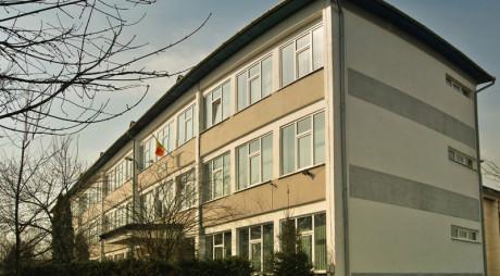 """Şcoala """"Dominic Stanca"""" din Orăştie va fi EXTINSĂ cu fonduri europene"""
